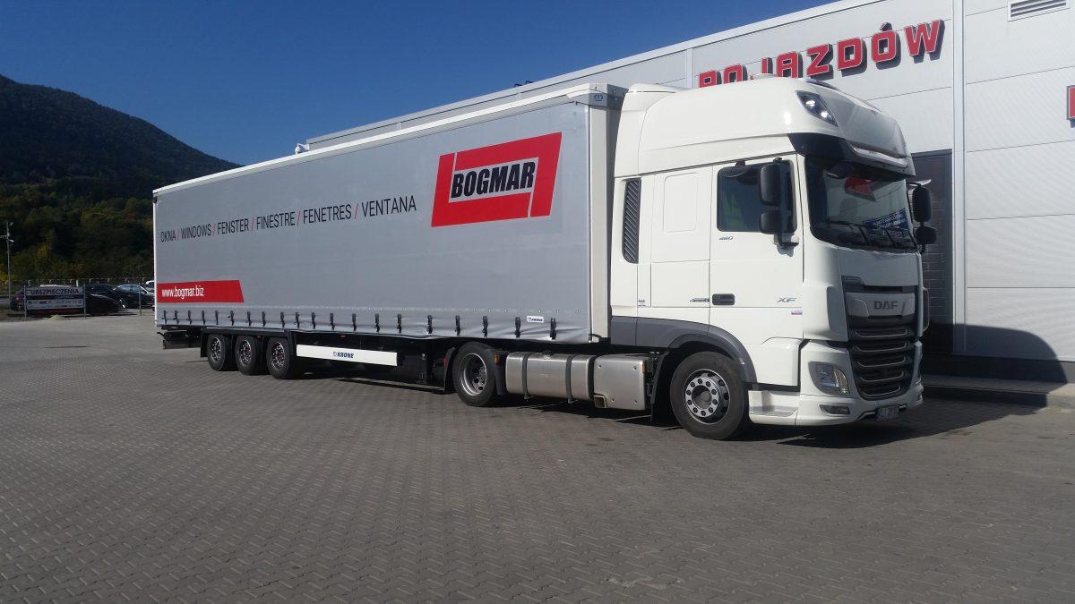 Wszystkie nowe Ciągnik Siodłowy z naczepą – Bogmar – Transport DU89